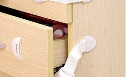 子供のいたずら防止 壊されないチャイルドロックを徹底紹介!タンス・冷蔵庫・食器棚などに対応