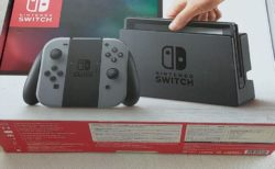 任天堂Switch価格崩壊の前触れ!入荷頻度とフリマサイトの価格調査結果